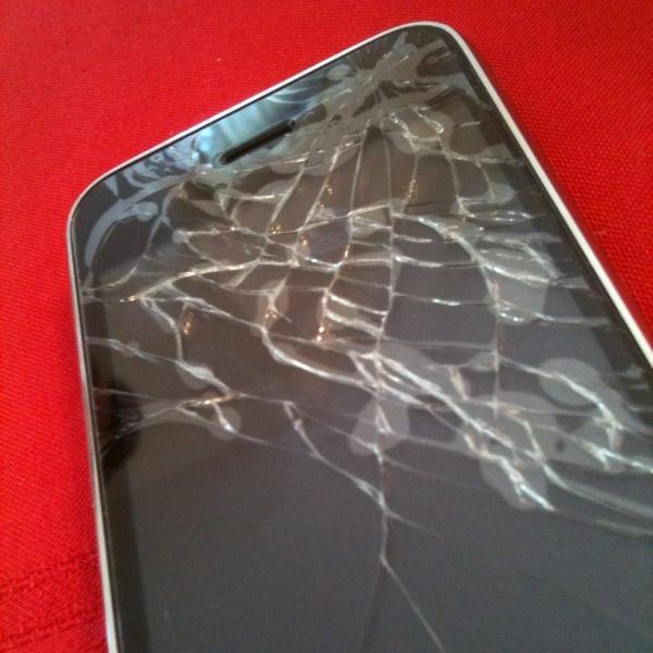 Ochranné fólie na displejích mobilních telefonů